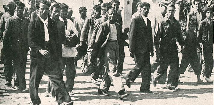 Manaar's crew members arriving in Lisbon